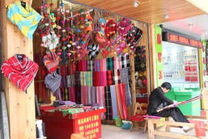Shawl stall in Yangshuo